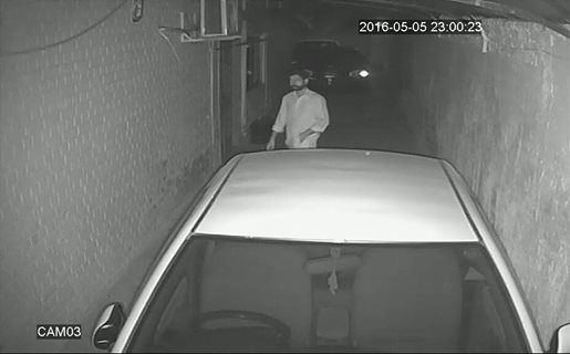the man in the picture tried to lift the car