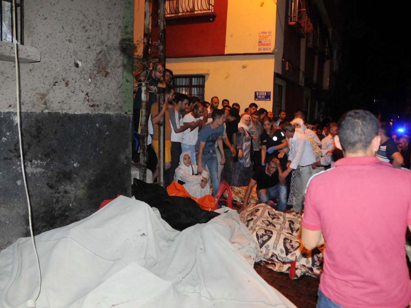 http://www.awwaaz.com/images/stories/                            Terror strikes Turkey, 51 dead,90 injured